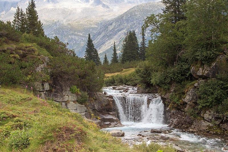 File:2018-08-13-Wasserfall val di fumo-0345.jpg