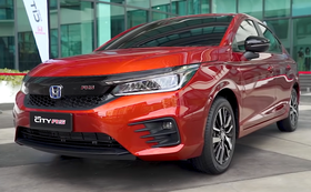 2020 Honda City e HEV RS front view (Malaysia) 02.png