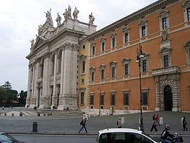 San Giovanni in Laterano vista dalla Scala Santa.