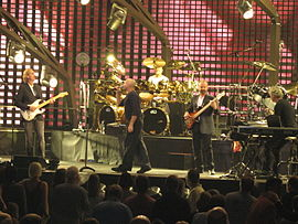 2484 - Washington DC - Verizon Center - Genesis - Throwing It All Away.JPG