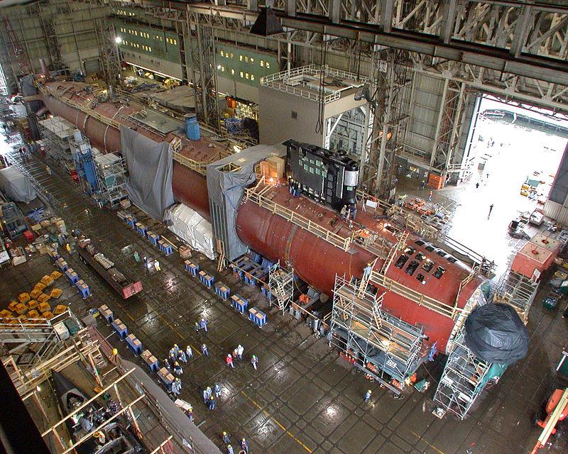 اعادة تقييم لهيكل البحرية الاميركية : اسطول من 355 سفينة بكلفة 40 مليار دولار 800px-774_Virginia_construction