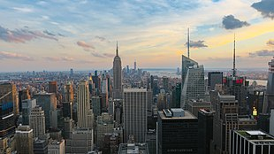 A view of New York City with the Empire State Building and One World Trade Center from the Rockefeller Center.jpg