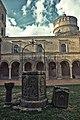 Abbazia San Michele Arcangelo, II chiostro.jpg