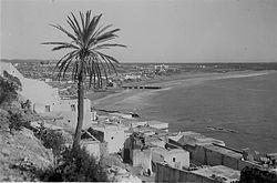 Le quartier de Founti et la plage en 1930