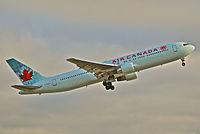 C-FMWU - B763 - Air Canada Rouge