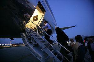 Airstair - George W. Bush boards a VC-25 via airstairs