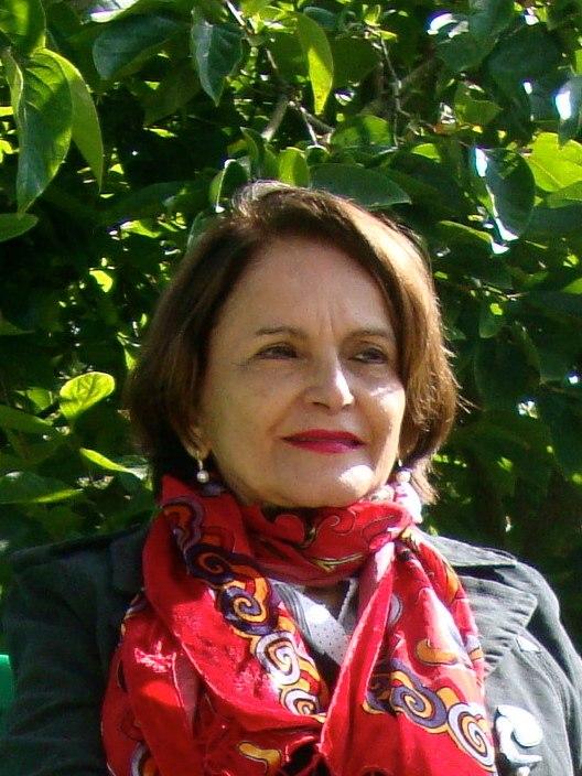 Alba Maria Zaluar