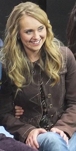 Amber Marshall - Wikipedia