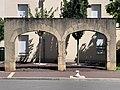 Arches Grande Rue St Laurent Saône 2.jpg