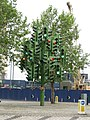 Art at the roundabout of Westferry Road - panoramio.jpg