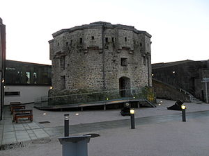 History of Athlone - The two mortars in front of the medieval donjon of Athlone Castle are believed to date to the Williamite wars, and were previously located outside the main entrance of Custume Barracks.