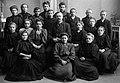 Avgangklasse Byåsen skole (1909) (11116563916).jpg