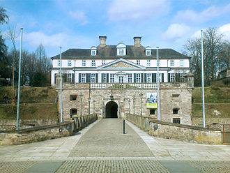 Principality of Waldeck and Pyrmont - Image: Bad Pyrmont Schloss 2008
