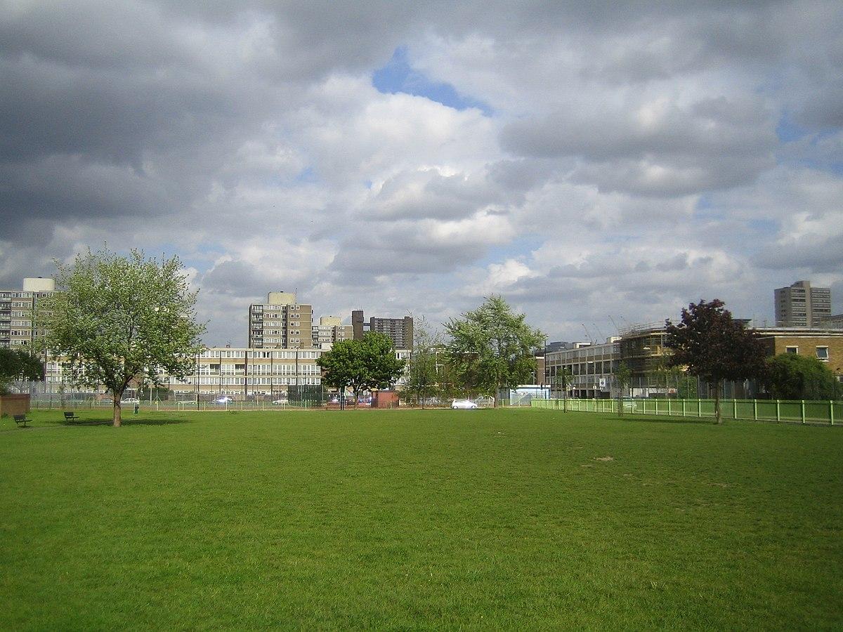 Bartlett Park East London Dog Notice Hoax