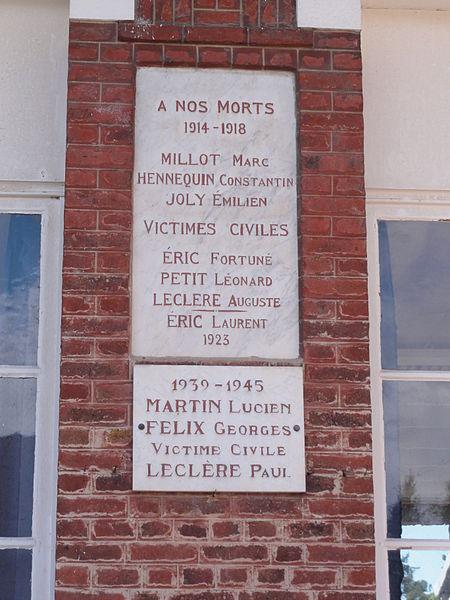 Berthenicourt (Aisne) plaque monument aux morts sur la mairie