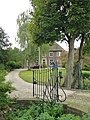 Beuningen (Gld) complex 't Rolland Hogewaldstraat 1-1a, toegangshek 1.JPG