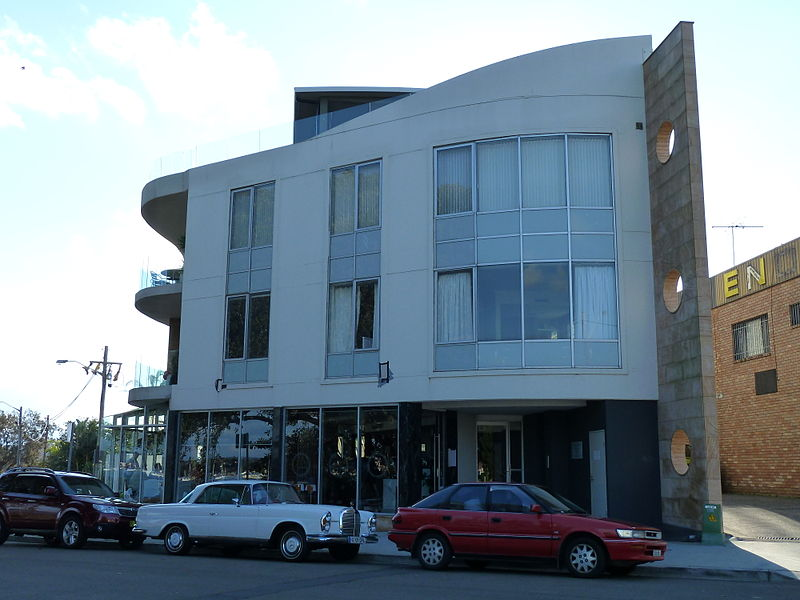 File:Blackwater Restaurant, 1-8 Water Street, Sans Souci, New South Wales (2010-07-25).jpg
