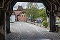 Blick von der Aarebrücke zum Schloss.jpg
