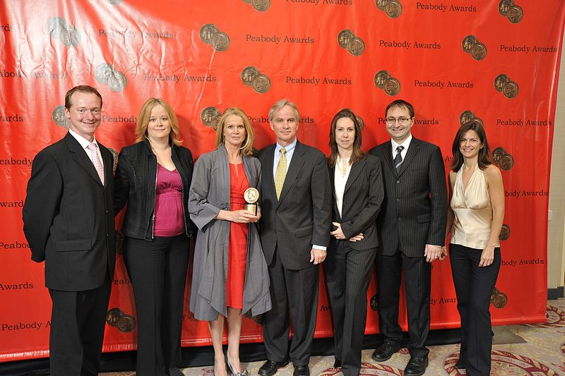 File:Bob Sharpe, Claudia Milne, Katty Kay, Rome Hartman, Sarah Robbins, Nicky Goldberg and Iva Zoric, May 2010 (3).jpg