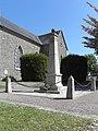 Bobital (22) Monument aux morts.JPG