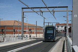 Bordeaux Tramway Line B - The line includes two swing bridges at Bassins à flot, including this one on Quai de Bacalan.