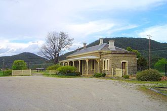 Main Western railway line, New South Wales - Bowenfels, the former limit of electrification