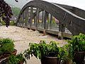 Brücke über die Tiroler Ache in Marquartstein, Hochwasser Juni 2013.jpg