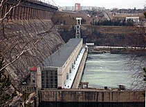 Bratsk Hydroelectric Power Station in october.jpg