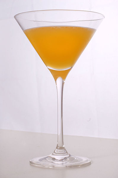 File:Bronx (cocktail).jpg