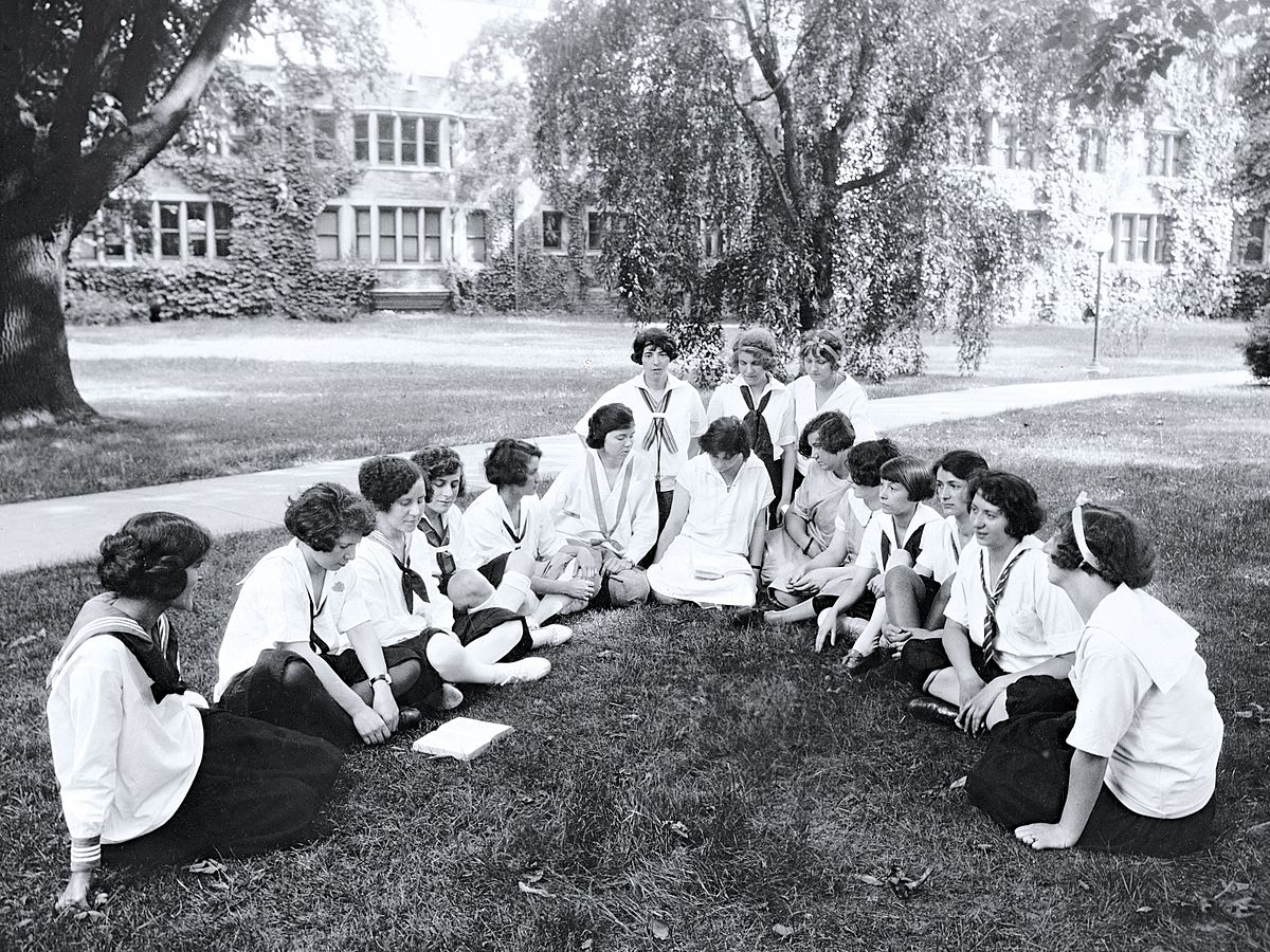 bryn mawr single girls Located in baltimore, the bryn mawr school is a private all-girls kindergarten, elementary, middle, and high school with a coed preschool and infant care.