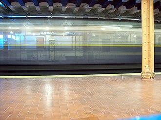 Perú (Buenos Aires Underground) - Image: Buenos Aires Subte Perú Andén 4