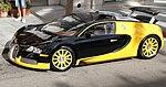 Bugatti Veyron (15548603416).jpg