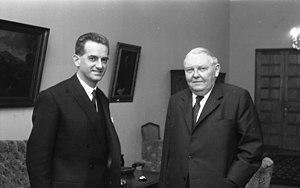 Alain Peyrefitte - Alain Peyrefitte (left) with German chancellor Ludwig Erhard (1964)