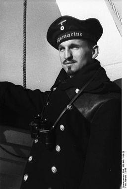 Bundesarchiv Bild 101II-MN-1589-23, Marinesoldat