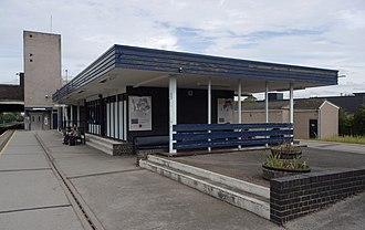 Burton-on-Trent railway station - Image: Burton on Trent railway station MMB 09