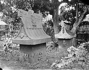 Waruga - Waruga with carvings