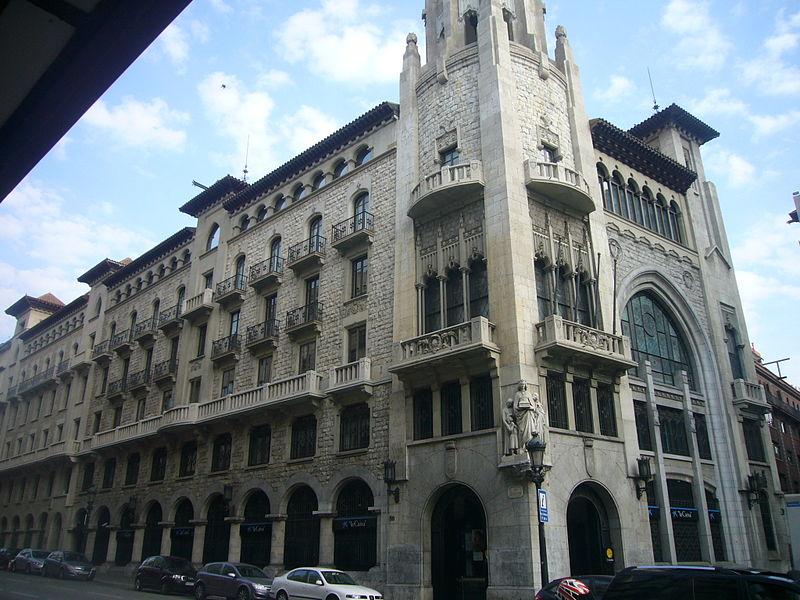 File caixa de pensions i d 39 estalvis de barcelona via for Caixa d enginyers oficines barcelona