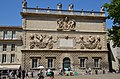 Caracteristic old building opposite of Palais des Papes Avignon - panoramio.jpg