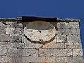 Cardeñuela Riopico, Iglesia de Santa Eulalia, 03, reloj solar.jpg