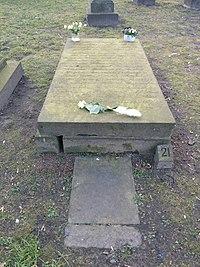 Caroline Herschel's Gravestone.jpg