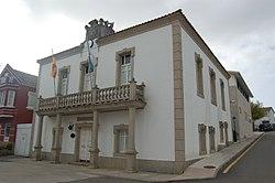 Casa consistorial de Ponteceso.jpg