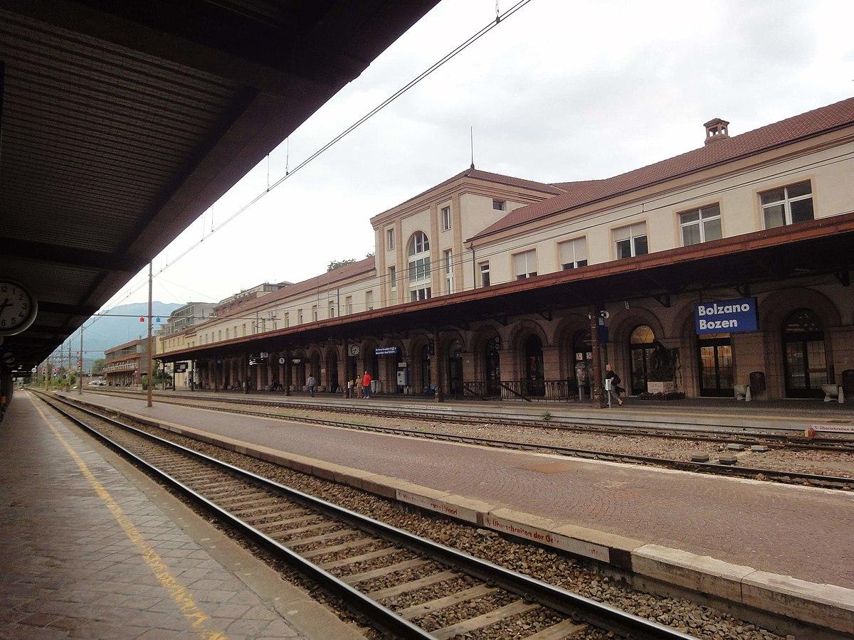 Stazione di bolzano wikip dia for Piani di palazzi di 2 piani