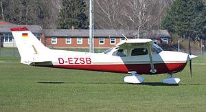 Cessna Reims F172N (D-EZSB) 01.jpg