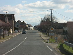 Châtel-de-Neuvre FR (march 2008).jpg