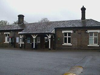 Chalfont & Latimer station - Image: Chalfont & Latimer station building