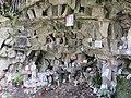Chapelle Notre-Dame de Beaunant - Grotte dédiée à la Vierge (avr 2019).jpg