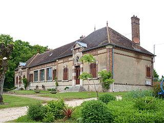 Chevry-sous-le-Bignon Commune in Centre-Val de Loire, France