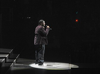 Chikezie - Chikezie performing during the American Idols Live! Tour 2008.