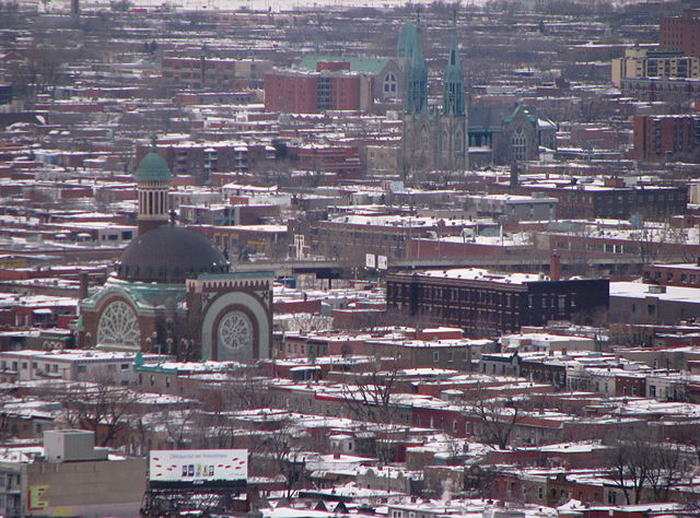 Mile End, Montreal By sookie [CC BY 2.0 (http://creativecommons.org/licenses/by/2.0)], via Wikimedia Commons