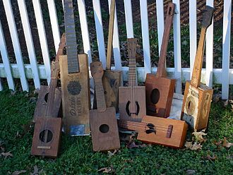 Cigar box - Image: Cigar box guitar collection
